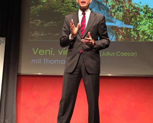 Thomas Skipwith erklärt wie faszinierende Vorträge gehalten werden