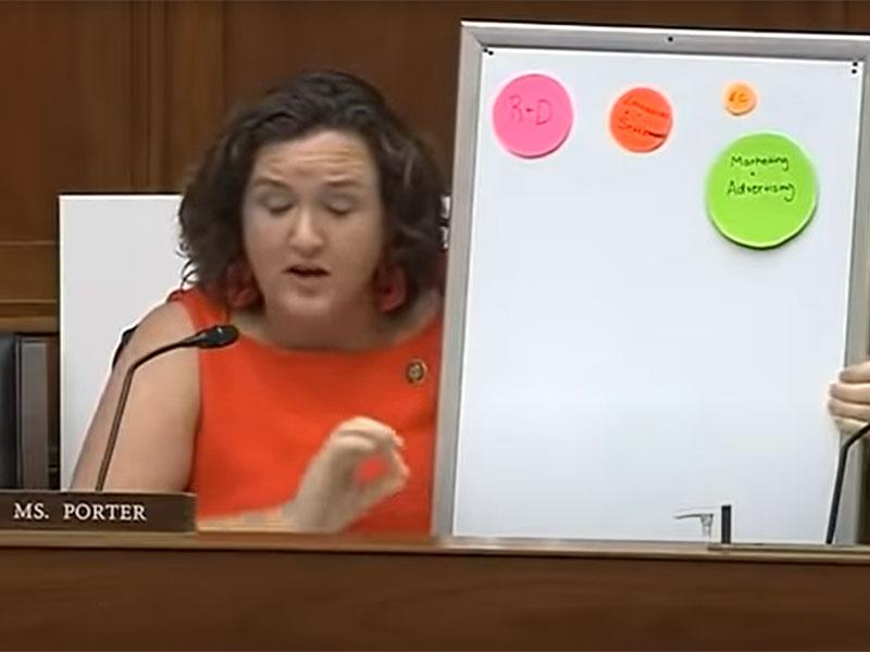 Katie Porter zerreist CEO in der Luft